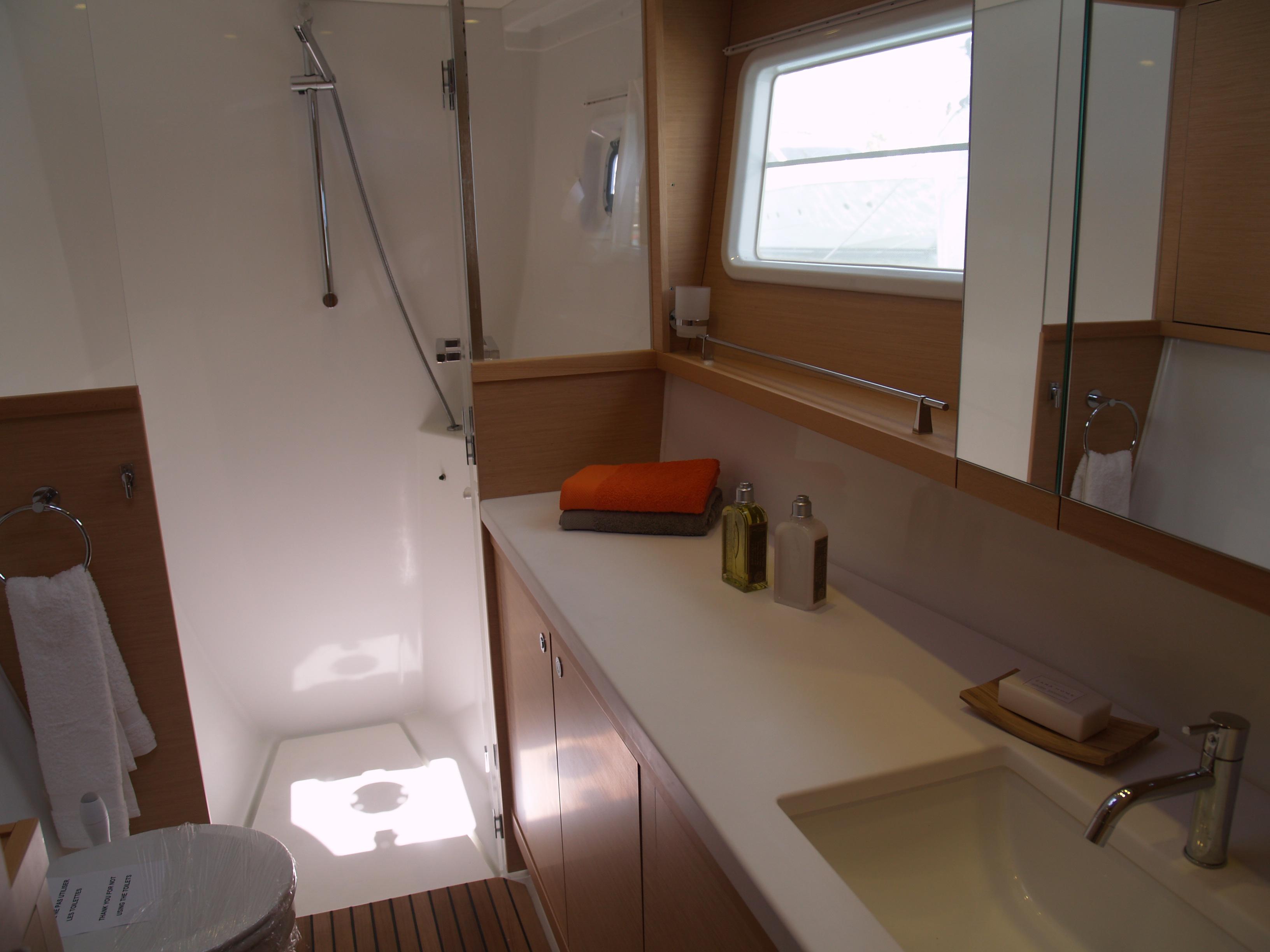 lagoon 450  u2013 bateau vendu